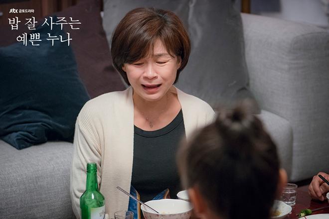 Phim Chị Đẹp Mua Cơm Ngon Cho Tôi tập 8 - Joon Hee thú nhận 'không sống nổi' nếu không có 'chị đẹp'
