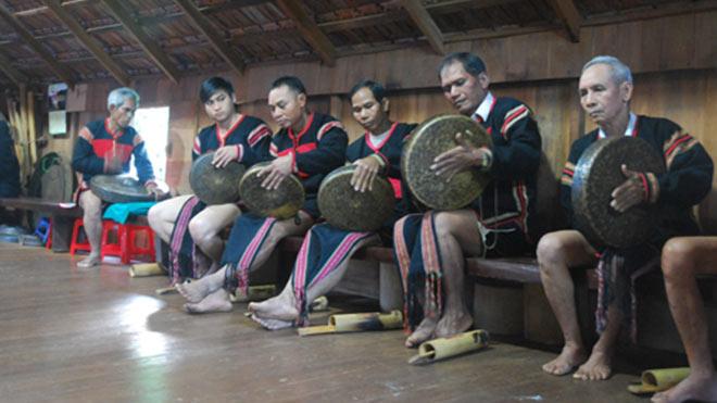 Thủ tướng chỉ đạo về Festival văn hóa Cồng Chiêng Tây Nguyên 2018