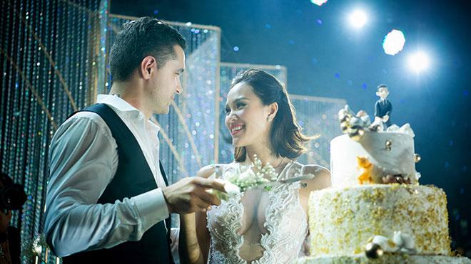 Lễ thành hôn đậm chất ngôn tình của Phương Mai và chồng ngoại quốc