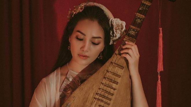 Sao mai Huyền Tranggửi nhiều tâm tư tình cảm vào MV 'Đóa sen ngời'