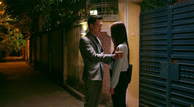 'Tình yêu và tham vọng': Tuệ Lâm cố gắng gần gũi Minh, Linh bị Phong đeo bám dai dẳng