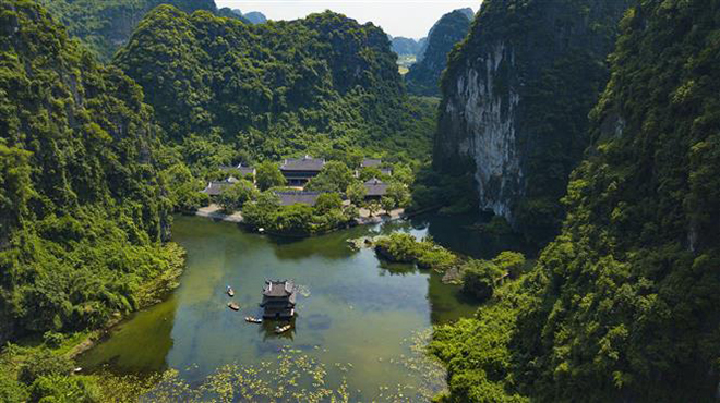 Vượt qua ảnh hưởng dịch COVID-19, du lịch Việt Nam nắm bắt xu hướng, sẵn sàng bứt phá