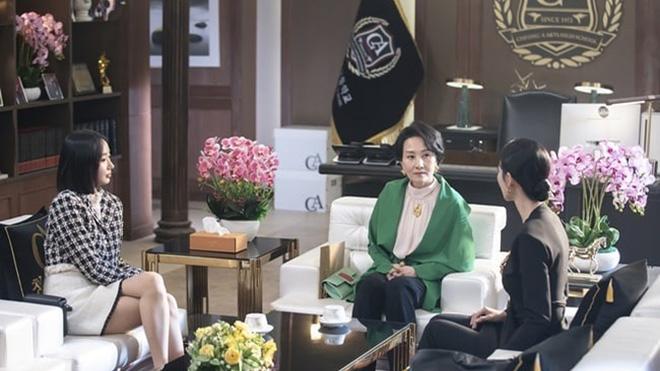 'Cuộc chiến thượng lưu 2': Seo Jin phải trả giá đắt vì hại chết cha
