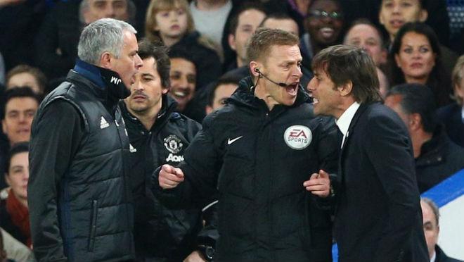 Conte đã dính đòn tâm lý chiến của Mourinho