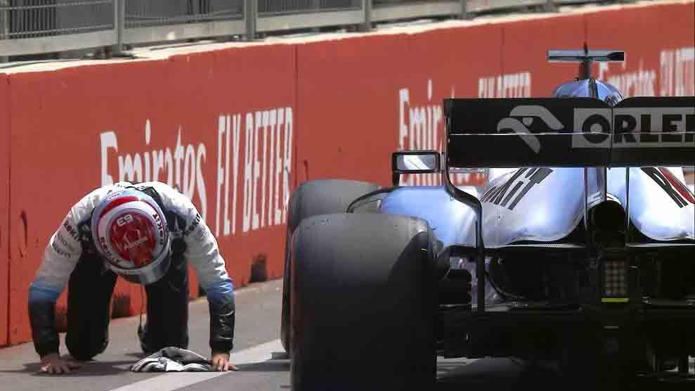 Tay đua F1 gặp 2 sự cố đầy đen đủi trước thềm Azerbaijan Grand Prix