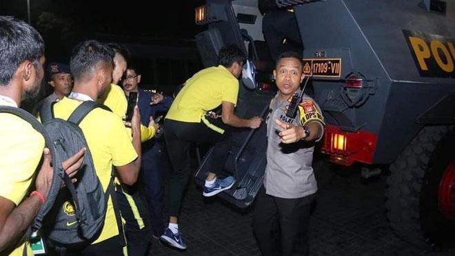 Bong da, bóng đá, lich thi dau bong da hom nay, ket qua bong da, kết quả bóng đá, kết quả Indonesia vs Malaysia, video Indonesia 2-3 Malaysia, Thái Lan Việt Nam, bảng G