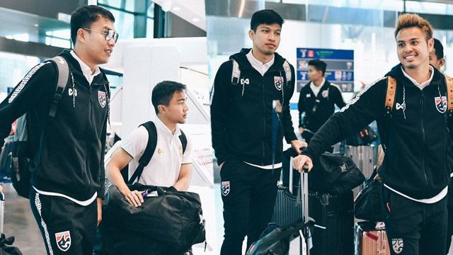 BÓNG ĐÁ HÔM NAY 16/11: Thái Lan tập luyện ngay sau khi tới Hà Nội. Đình Trọng lỡ SEA Games 2019