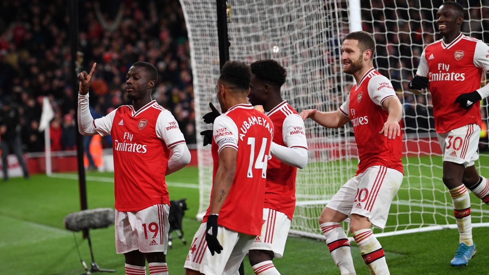 BÓNG ĐÁ HÔM NAY 17/2: Guardiola ở lại Man City. Arsenal thắng. Real mất điểm