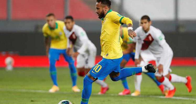 Neymar ăn vạ, Neymar kiếm phạt đền, Brazil vs Peru, World Cup 2022, Neymar, Brazil, vòng loại World Cup 2022, Neymar lập hat-trick, Neymar đóng kịch, gã hề, kịch sĩ