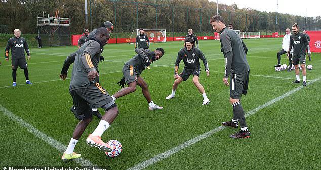 bóng đá, MU, manchester united, edinson cavani, alex telles, solskjaer, bóng đá hôm nay, lịch thi đấu bóng đá