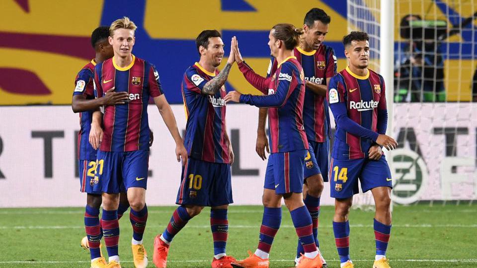 Barcelona có thể mất trắng Messi nếu giảm lương lần 2