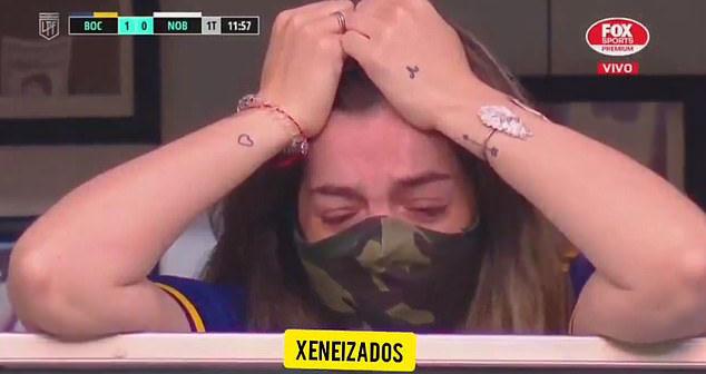 Maradona, Maradona qua đời, Con gái Maradona gục khóc, Boca Juniors tri ân Maradona, Boca Juniors, Diego Maradona, huyền thoại Maradona, Cậu bé vàng, Argentina, World Cup
