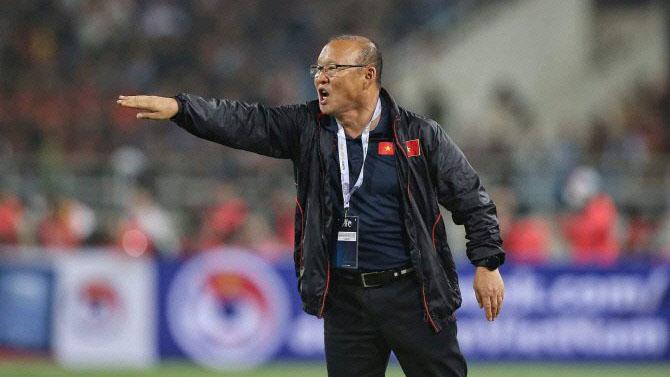 Bóng đá hôm nay 26/12: U23 Việt Nam đã nghiên cứu U23 UAE. Pogba chán ngấy MU