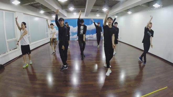 EXO, Red Velvet, NCT, SuperM, SM Entertainment, quy tắc, Kpop, idol, nhóm nhạc, 5 quy tắc của SM mà EXO, SuperM, Red Velvet phải tuân theo