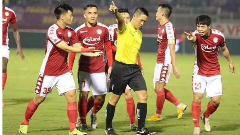 Bóng đá Việt Nam hôm nay: Đội bóng Công Phượng 'mất oan' quả 11m. Hải Phòng mượn Mạc Hồng Quân