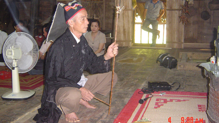 Lập hồ sơ các di sản Mo Mường, Lễ hội Vía Bà chúa Xứ Núi Sam trình UNESCO