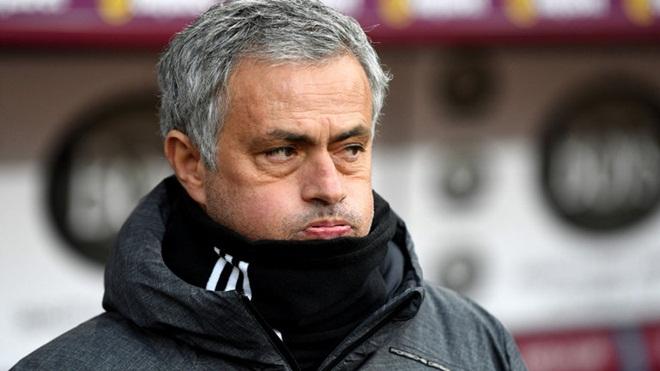 TIN HOT M.U 10/10: Phán quyết số phận Mourinho. Pogba lại tạo 'sóng gió'