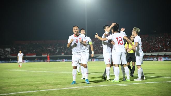 Ket qua bong da, kết quả bóng đá hôm nay, Indonesia vs Việt Nam, kết quả Việt Nam đấu với Indonesia, Quế Ngọc Hải, Hùng Dũng, Kết quả vòng loại World Cup 2022 bảng G
