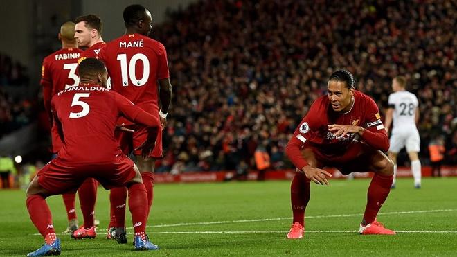 ĐIỂM NHẤN Liverpool 3-2 West Ham: Không thể cản Liverpool. MU là kẻ thách thức mùa tới?