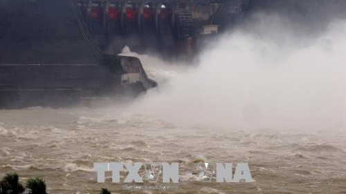 Các địa phương chủ động phòng chống bão số 4, thuỷ điện Hoà Bình mở 3 cửa xả đáy