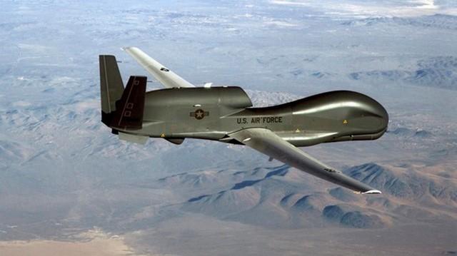 Iran bắn hạ một máy bay không người lái