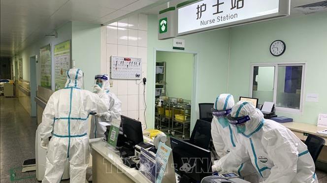 Dịch bệnh viêm phổi do virus corona: Trung Quốc khẳng định 830 trường hợp nhiễm bệnh, 25 người tử vong