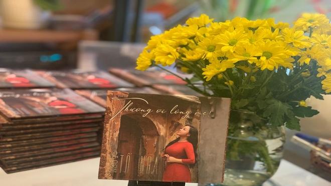 NSƯT Tố Nga ra mắt album nhạc về mẹ đúng ngày 20/10
