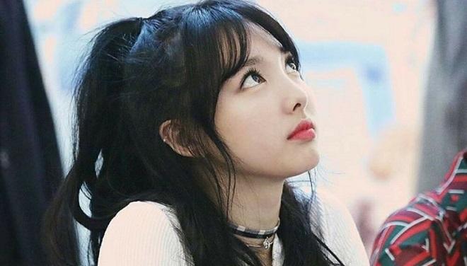 Blackpink, Twice, Jisoo , Taeyeon, Suzy, IU, kiểu tóc sao Kpop, LOONA, Red Velvet