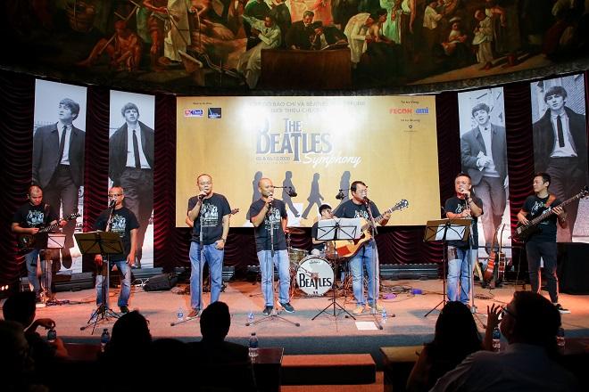 The Beatles, huyền thoại âm nhạc, In The Spotlight, The Beatles Symphony, Hey Jude The Beatles, cựu thành viên The Beatles Paul McCartney, bảo tàng trưng bày The Beatles