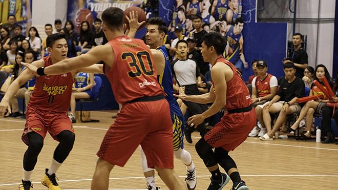 VBA 2019 Playoff: Quật ngã Hochiminh City Wings, Saigon Heat điền tên vào chung kết