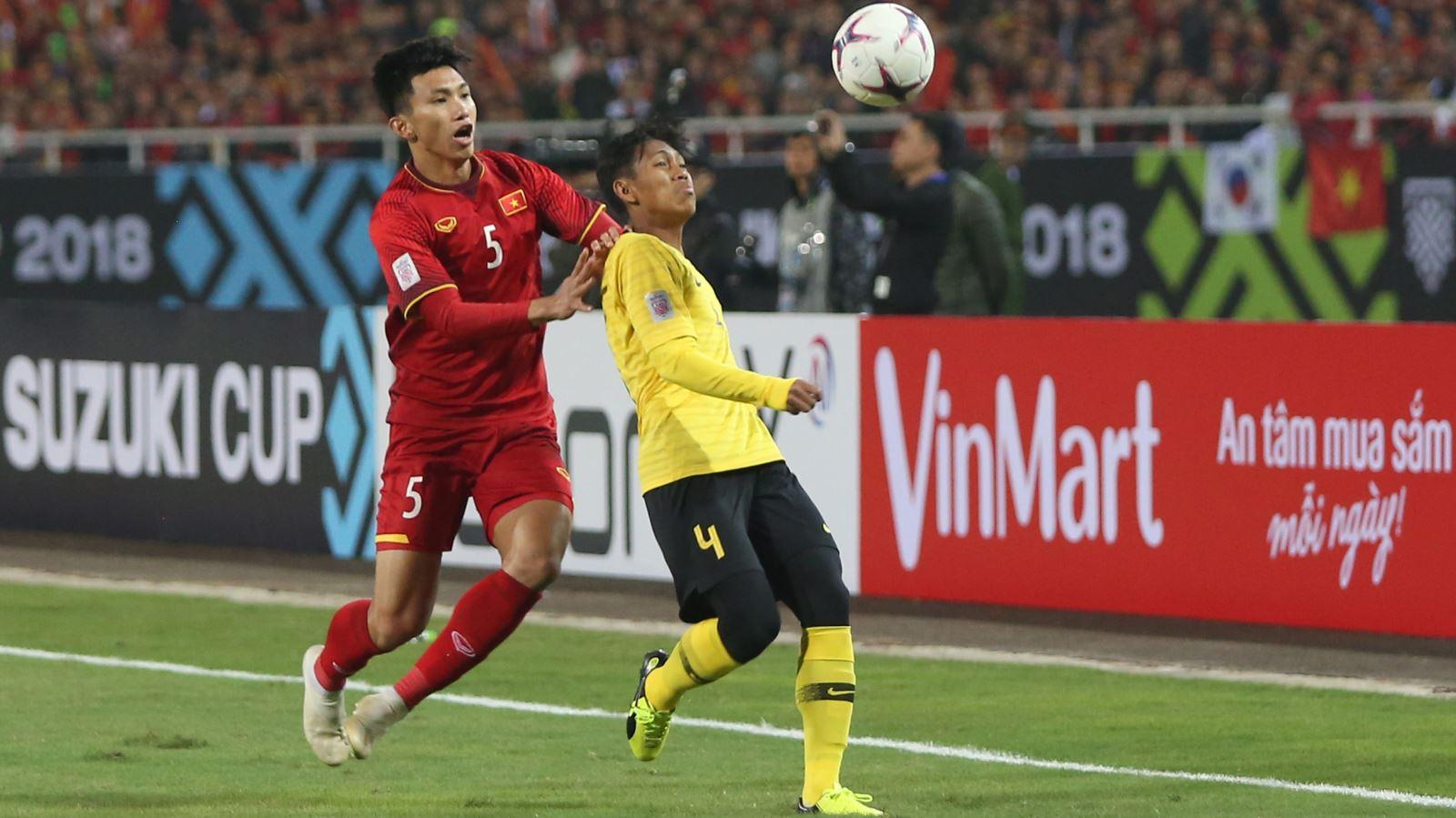Đá FIFA thắng Lee Nguyễn, Văn Hậu 'cà khịa' và nhận cái kết đắng