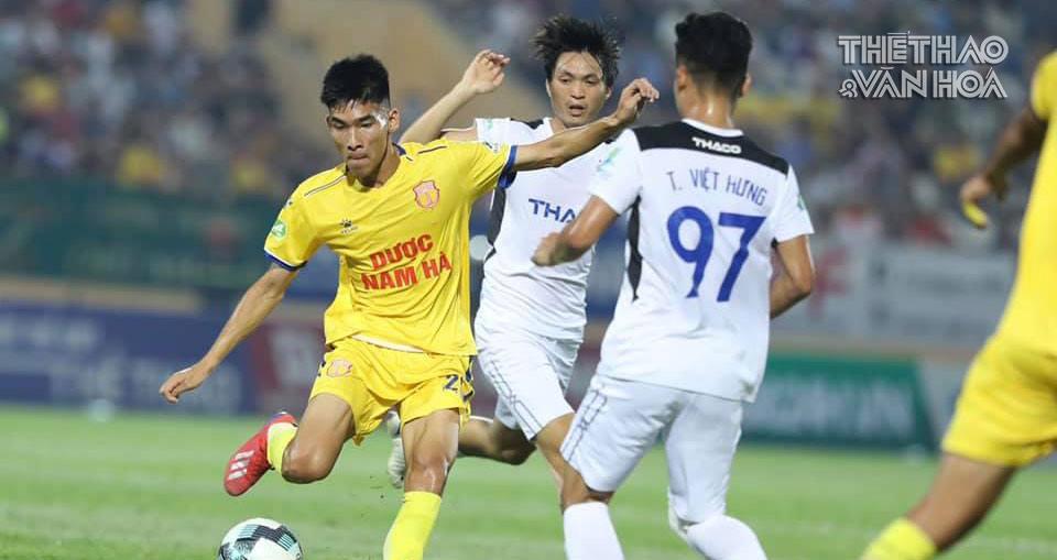 Bảng xếp hạng V-League 2021: Nam Định dẫn đầu. HAGL rơi xuống cuối bảng