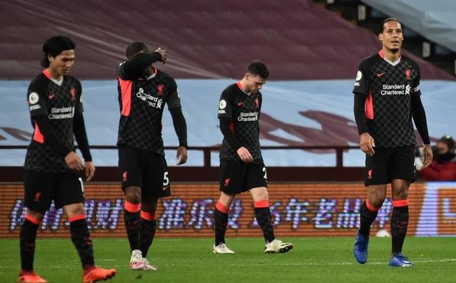 Bảng xếp hạng Ngoại hạng Anh vòng 17: Thua trận, Liverpool sắp bị MU soán ngôi
