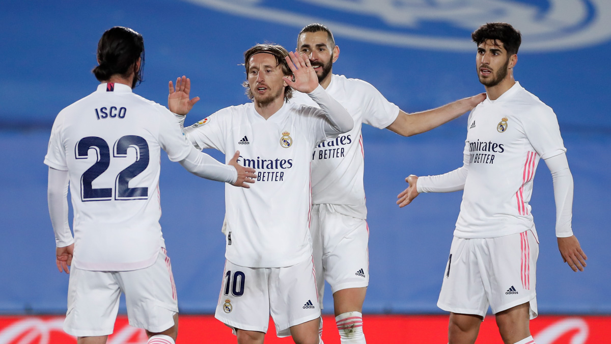 Lịch thi đấu bóng đá Tây Ban Nha: Osasuna vs Barcelona. Atletico Madrid vs Real Madrid