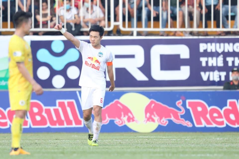 Bảng xếp hạng V-League 2021: Thắng Hà Nội, HAGL nới rộng khoảng cách với Viettel