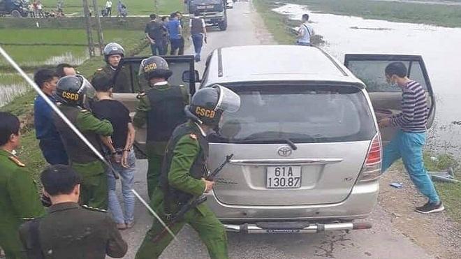 Một chiến sỹ công an hy sinh và 2 chiến sỹ khác bị thương khi vây bắt các đối tượng buôn bán ma túy