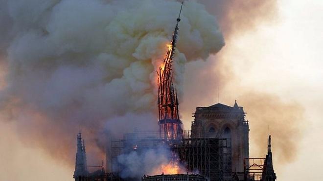 Vụ cháy Nhà thờ Đức Bà Paris: Khoảng 90% thánh tích và tác phẩm nghệ thuật được bảo toàn