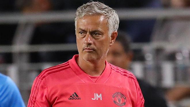 Sao trẻ Hà Lan giúp M.U thoát thua, Mourinho vẫn không hài lòng