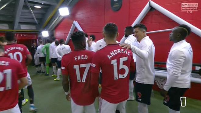 truc tiep bong da hôm nay, trực tiếp bóng đá, bong da hom nay, lich thi dau bong da hôm nay, bóng đá, bong da, MU, MU 1-1 Liverpool, Roy Keane, bóng đá Anh