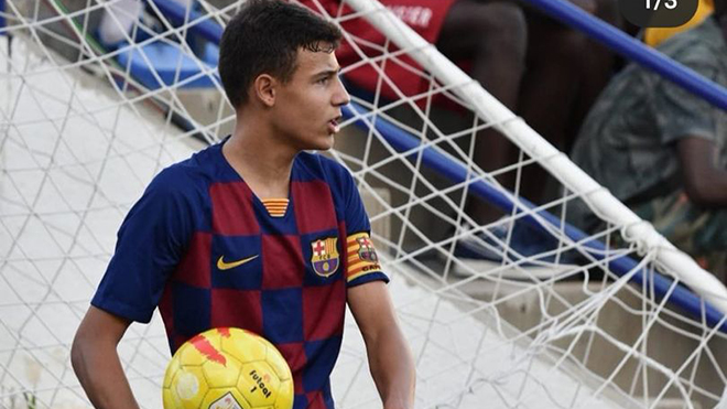 MU bất ngờ chiêu mộ tài năng Marc Jurado từ lò La Masia của Barca