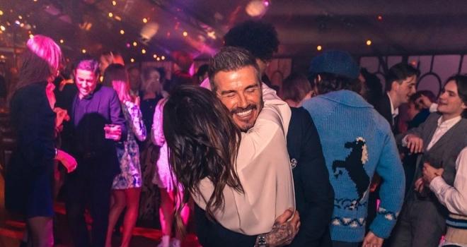 Phim trị giá 20 triệu USD của Netflix về gia đình Beckham có gì thú vị? Beckham, gia đình Beckham, phim Netflix, phim tài liệu, victoria Beckham, Becks vs Vics, MU