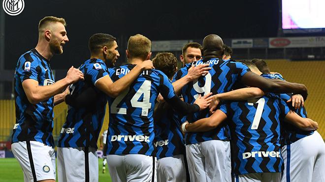 Parma 1-2 Inter: Lukaku kiến tạo, Sanchez lập cú đúp, Inter xây chắc ngôi đầu