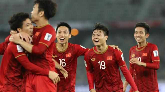 bóng đá Việt Nam, tin tức bóng đá, tin bong da, Park Hang Seo, DTVN, danh sách đội tuyển Việt Nam, Văn Quyết, Tấn TRường, V League, chuyển nhượng V League