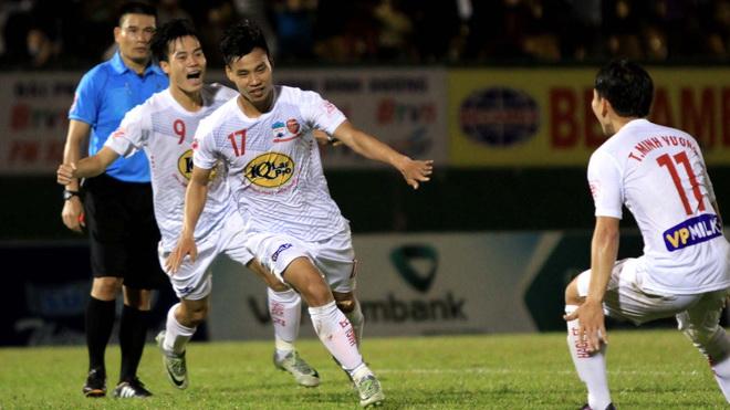 Bóng đá Việt Nam hôm nay: HAGL đấu với Quảng Ninh, Nữ Việt Nam vs Úc (Australia)