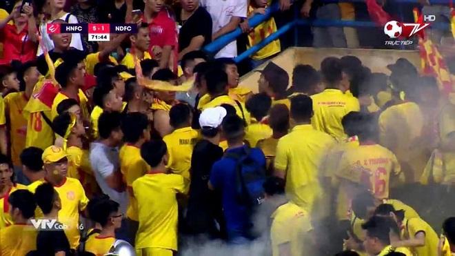 Tin tức bóng đá Việt Nam ngày 13/9: HAGL phủ nhận tin CLB Thái Lan hỏi mua Công Phượng, VFF lý giải án phạt cấm CĐV Nam Định