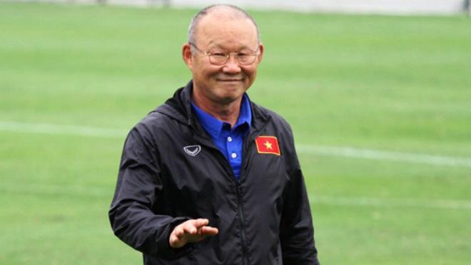 Bóng đá Việt Nam hôm nay: Đồng hương thầy Park bị nợ lương. HLV Heerenveen chỉ ra điểm yếu của Văn Hậu