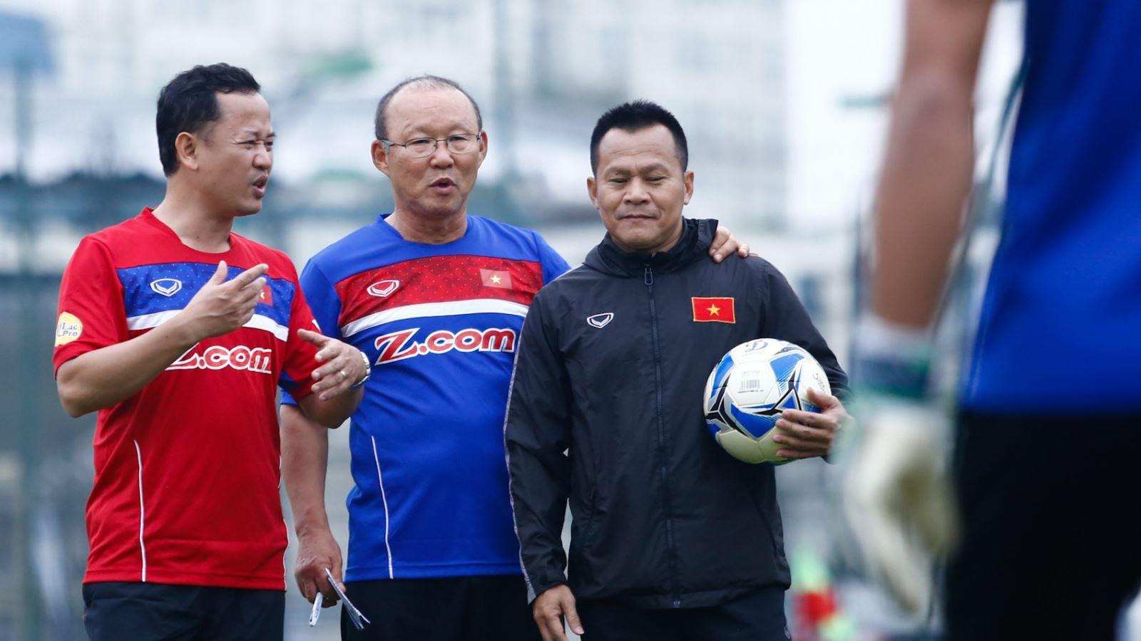 bóng đá Việt Nam, tin tức bóng đá, bong da, tin bong da, CLB TPHCM, HLV Lư Đình Tuấn, Thanh Hoá, V League, lịch thi đấu V League, chuyển nhượng V League