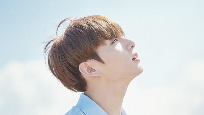 'Tan chảy' với thói quen mới siêu đáng yêu của Jungkook 'em út' BTS