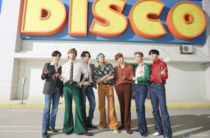 BTS, Dynamite, Dynamite từng 12 nằm trong bóng tối, BTS phát hành Dynamite, Big4 Kpop, Dynamite thống trị các BXH âm nhạc, Dynamite phá vỡ hàng loạt kỷ lục