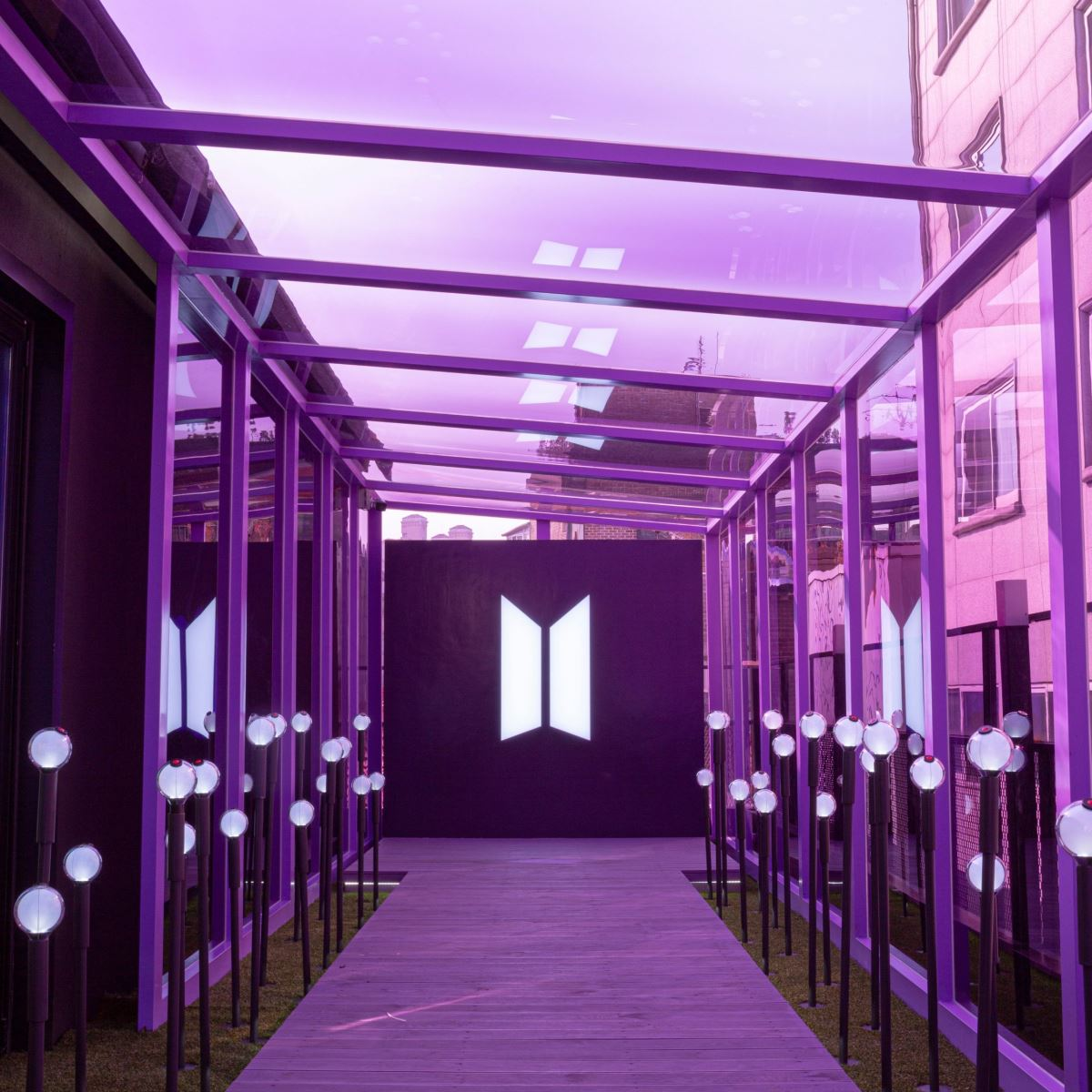 BTS, BTS Việt Nam, Hình ảnh hệ thống pop-up BTS dự kiến mở trực tuyến ở Việt Nam, cửa hàng pop-up của BTS, Map of the Soul showcase, ARMY, Kpop